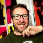 Javier Calderón, director, guitarra y armonía en Lydian Road Estudios