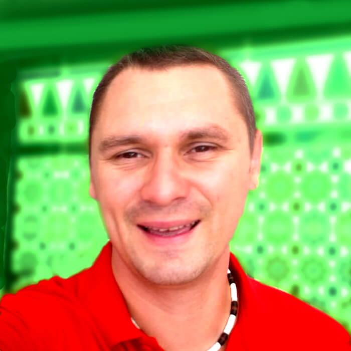Vladimyr Neborak, batería y percusión en Lydian Road Estudios